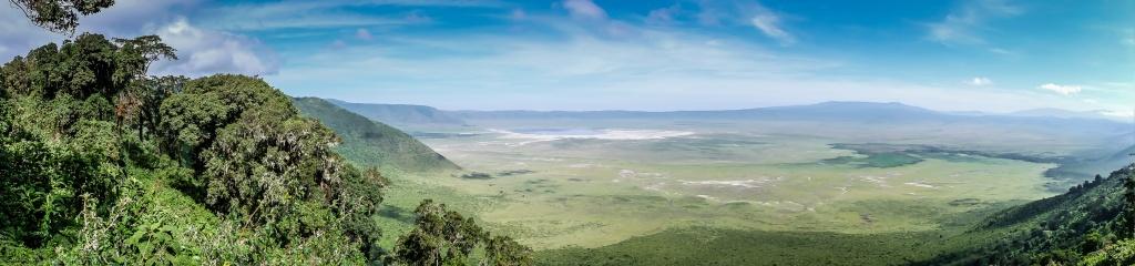 CLICK TO EXPAND: Panoramic of Ngorongoro Crater